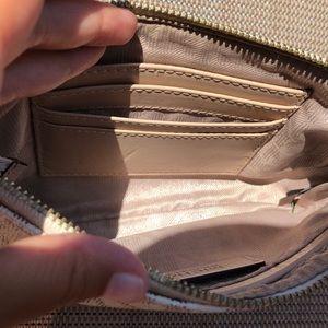 Michael Kors Bags - 🥂MK WRISTLET WALLET🥂